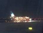 Avion se zapalio prije polijetanja