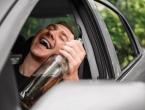 Pijani vozač zamolio policiju da mu pokrene auto