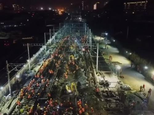 Kineski radnici izgradili željezničku postaju u samo 9 sati