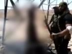 ISILovca razrezali mačetom i zapalili