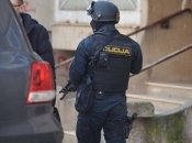 Uhićen 'dvojac' zbog autokriminala, pronađena ukradena vozila