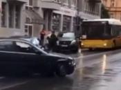 VIDEO| Srbijanac napravio haos u Berlinu: Bježao od policije, udarao druga vozila...