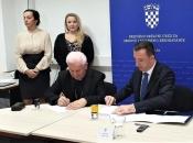 Uručeni ugovori o dodjeli novca za projekte Hrvata u Bosni i Hercegovini