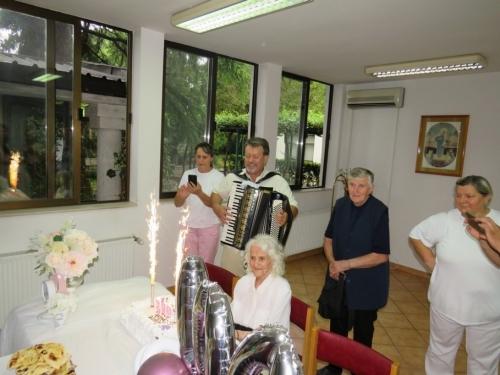 FOTO: Luce, sretan ti 100. rođendan!