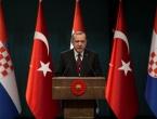 Erdogan: Nitko neće praviti terorističku vojsku na našoj granici