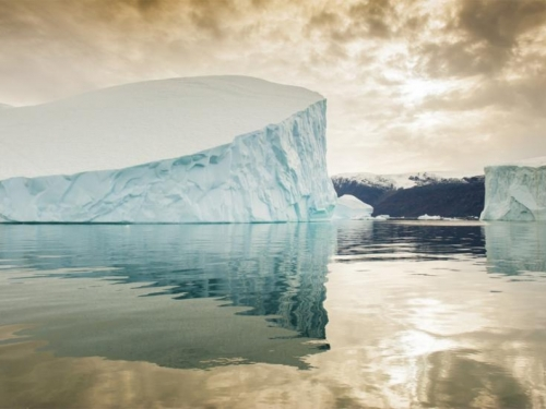 Kamo plovi najveći ledeni brijeg na svijetu?