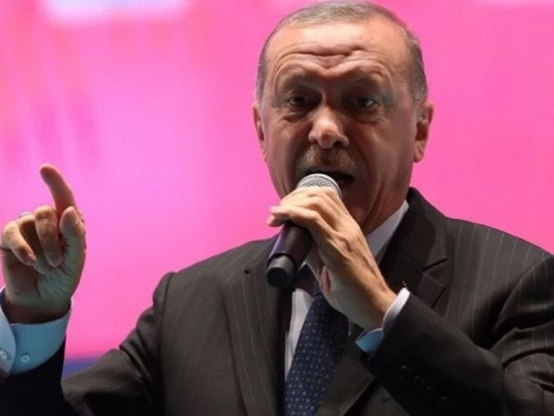 Erdogan: Turska je suočena s političkom urotom