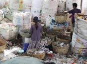 Kambodža vraća SAD-u i Kanadi 1600 tona plastičnog otpada