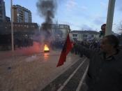 Prosvjedi opozicije u Tirani, traži se ostavka premijera Edija Rame