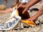 Tuzlanka krala na plaži u Neumu