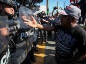 Stanovnici grada na granici sa SAD-om prosvjedovali zbog migranata