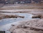 Misteriozne mrlje se pojavile na Jablaničkom jezeru