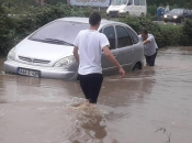 Vodena bujica nosila automobile, proglašeno stanje prirodne nesreće