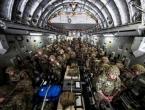 Stotine afganistanskih vojnika pobjegle vojnim zrakoplovima