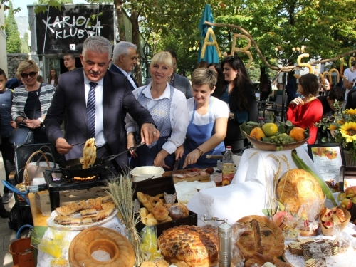 Mostar: Dani kruha i zahvalnosti za plodove zemlje