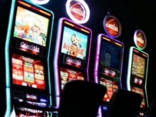 Sokolac: Dobio 69 000 maraka na uređaju za igre na sreću, kladionica ga ne želi isplatiti