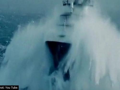 Teretni brod se prepolovio pa potonuo u krimskom kanalu, 11 nestalih