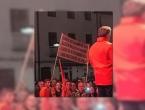 Poruke s Komšićevog skupa: Kolac za Čovu i 'do jaja' za Kolindu