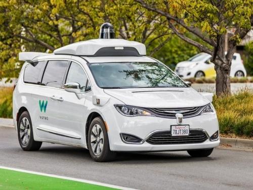 Google priprema svoje autonomne automobile za velike prirodne katastrofe