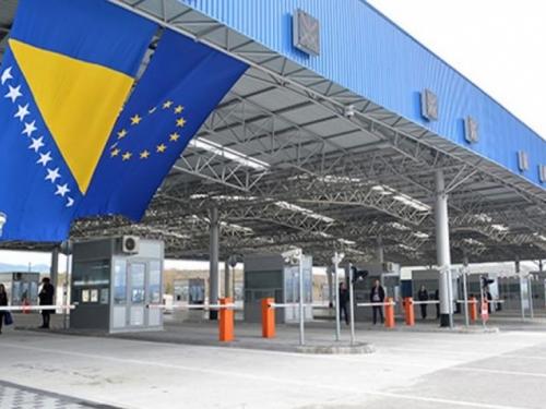 Od danas državljanima članica EU omogućen ulazak u BiH, ali uz negativan test na koronavirus