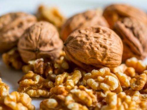Evo što se događa ako jedete 7 oraha svaki dan!