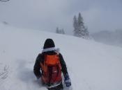 FOTO: Vjetar i snijeg gospodari na Raduši