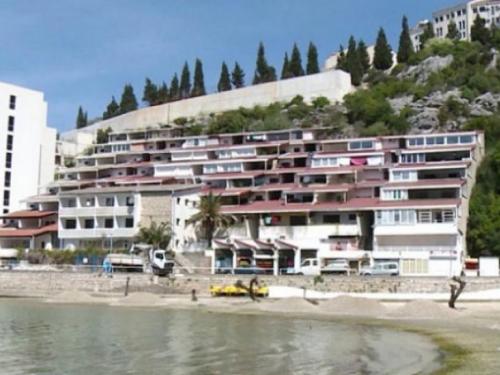 Novac od prodaje odmarališta u Neumu ide za neisplaćene plaće radnicima Feroelektra