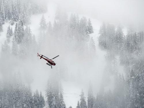 U lavini u talijanskim Alpama poginula dva skijaša, ima i ranjenih te nestalih