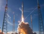 SpaceX-ov Falcon Heavy uspješno poslao arapski satelit u svemir