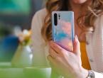 Google obustavlja suradnju s Huaweijem