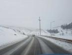 Snijeg i poledica na putevima