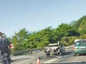 Teža prometna na Bradini - sudar automobila i motora