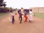 Mislite da znate plesati? Pogledajte kako to ova djeca iz Afrike rade!