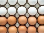VIDEO: Kako razlikovati svježa od starih jaja, potrebna je samo posuda s vodom