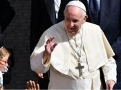 Papa u Slovačkoj: Tražim skromnu Crkvu i stidim se holokausta