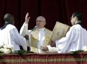Papa na Cvjetnicu poručio da Crkva mora biti ponizna
