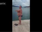 VIDEO | Neumski liječnik se okupao u hladnom moru