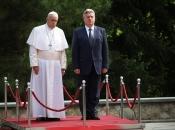 Papa Makedoncima: Vaša zemlja je most