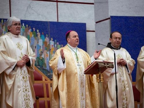 Hercegovina bogatija za čak osam novih đakona