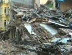 Srušila se konstrukcija na parkiralištu u Meksiku, najmanje šest ljudi poginulo