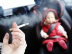 Za cigaretu u automobilu pored bebe kazna 1.000 KM