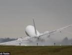 VIDEO: Pilot Boeinga u zadnji trenutak izbjegao katastrofu