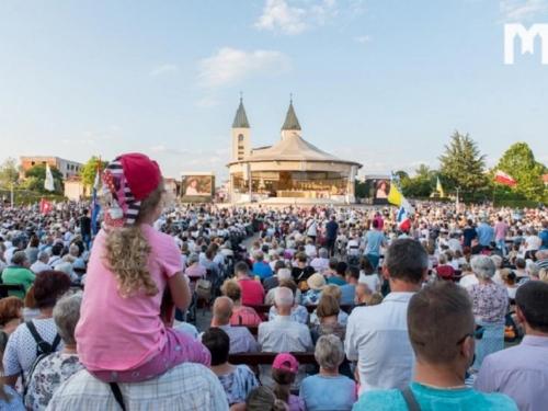 Tisuće vjernika na obilježavanju godišnjice Gospinih ukazanja