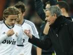 Španjolski novinar plasirao senzaciju: Mourinho zove Modrića u Spurse
