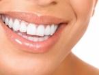 Izbijeli zube u nekoliko jednostavnih poteza