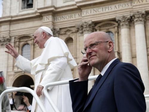 Papin tjelohranitelj dao ostavku zbog curenja informacija