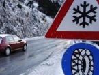 BIHAMK: Upozorenje na snježne lavine i nanose, kišu, jake vjetrove i odrone
