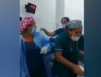 Liječnici i medicinske sestre dobili otkaze zbog snimke iz operacijske sale