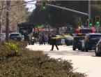 SAD: Gol ušao u restoran i počeo pucati