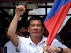 Filipinski se predsjednik pohvalio da je bacio nekog iz helikoptera tijekom leta